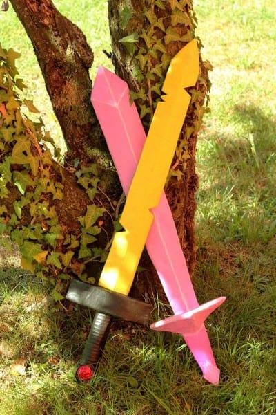 My Diy Cardboard Adventure Time Finn's Sword And Fionna's Crystal