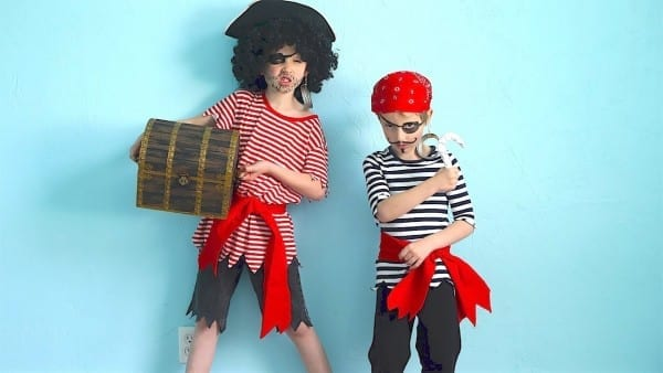How To Make Pirate Costumes Quick And Easy!