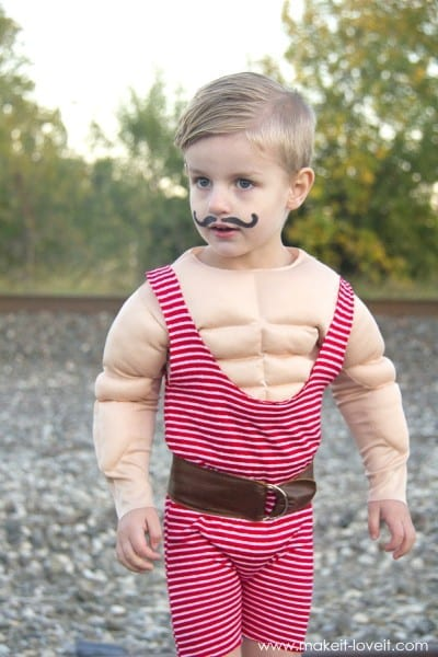 Strong Man Circus Costume (…with A Muscle Shirt!) – Make It And