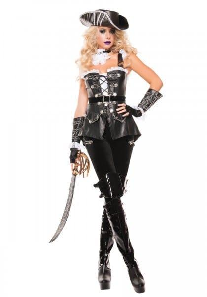 Female Pirate Clothing Ideas