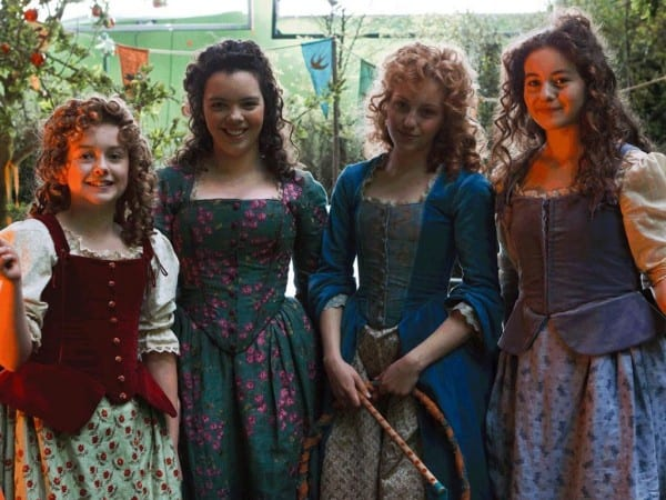Some Costumes Worn By Hobbit Women In The Upcoming First