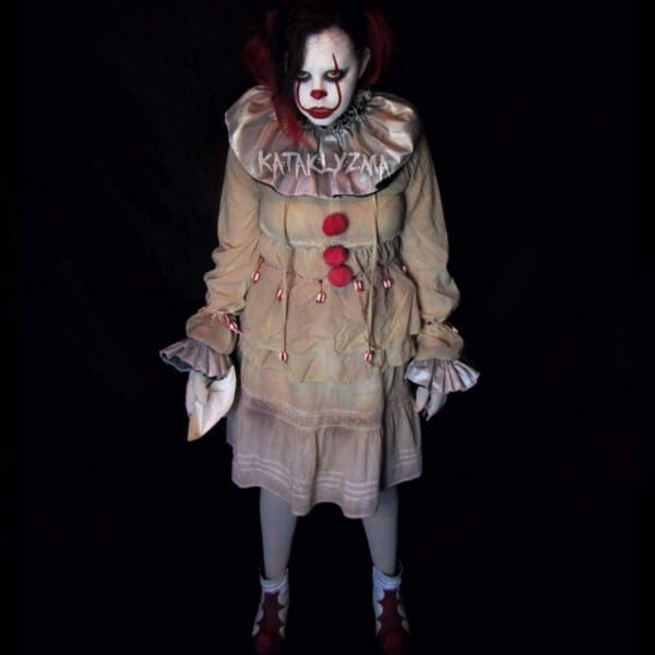 New Pennywise Costume Is Complete