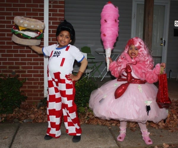 Bob's Big Boy And Cotton Candy Curly Cue Halloween Costumes