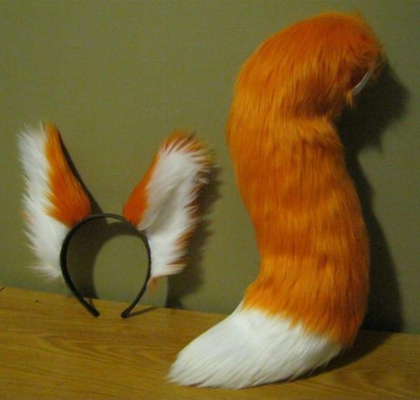 Co  Lost Boy Fox Tail Ear Set