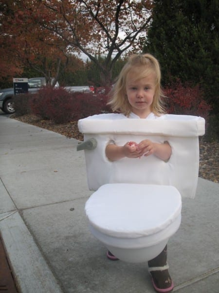 Toilet Costume  4 Steps (with Pictures)