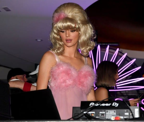 Kendall Jenner Wore A Giant Blonde Wig As A Fembot For Halloween