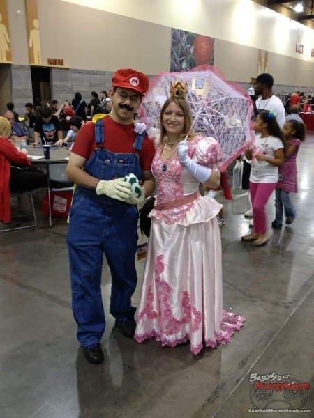 Mario Prince Peach Cosplay Phoenix Comicon 2013