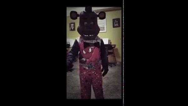 Freddy Fazbear Halloween Costume Jumpscare  Fnaf