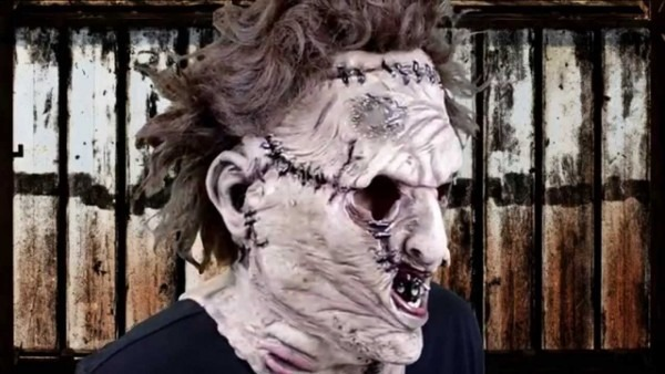 The Texas Chainsaw Massacre Leatherface Deluxe Latex Mask