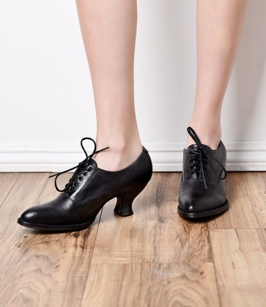 Victorian Boots & Shoes