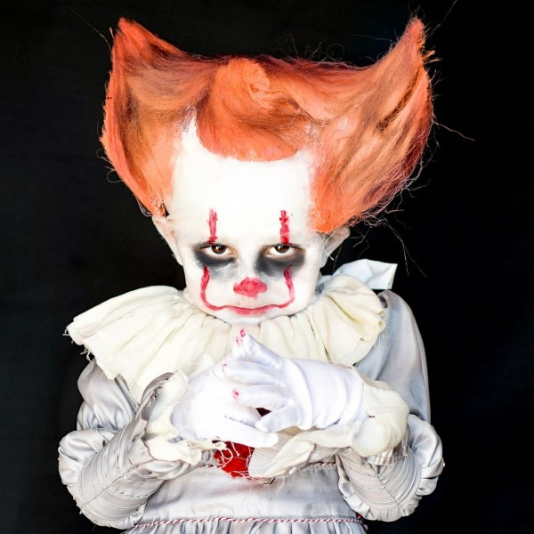 3 Year Old Toddler Transforms Into Pennywise The Clown Fro…