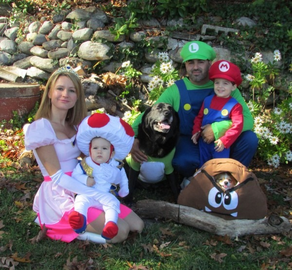 Halloween Costumes Family Super Mario Brothers Dog Costumes