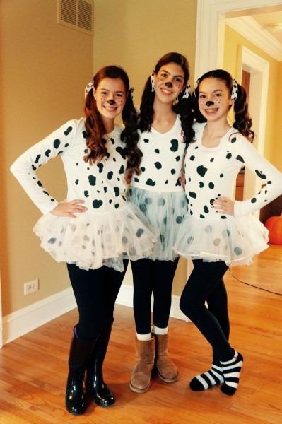 Diy Dalmatian Costumes!!! All You Need Is A White Shirt, Tutu