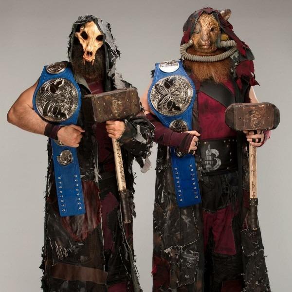 Sd Tag Team Champion The Bludgeon Brothers Luke Harper & Erick