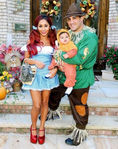 Celebs In Matching Halloween Costumes Ideas Of 4 Month Old