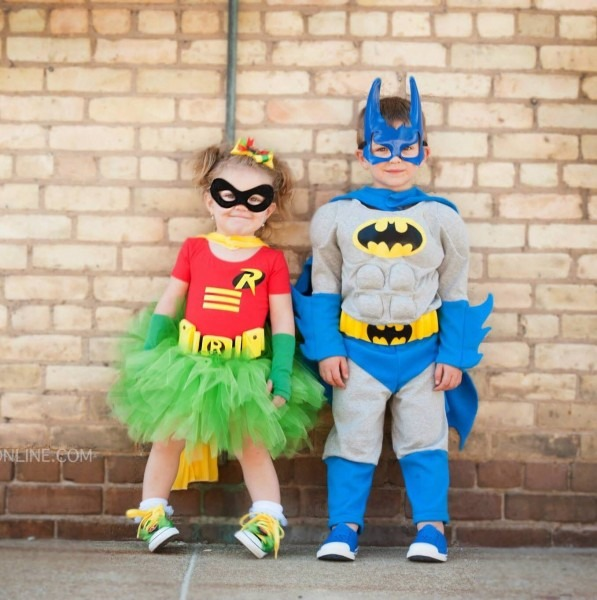 Sibling Halloween Costume Ideas Super Hero Batman And Robin