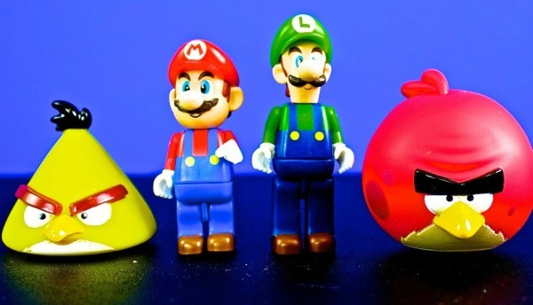 Mario And Luigi Help The Angry Birds!