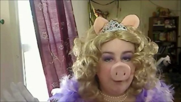 Ridiculously Late Miss Piggy Tutorial