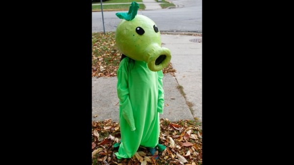 How To Make A Peashooter Costume Plants Vs Zombies!! Tutorial