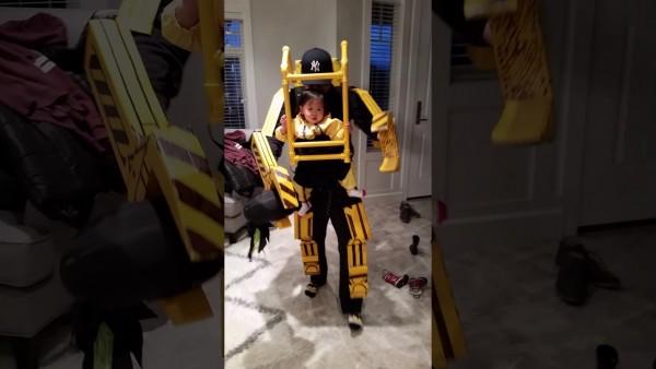 Aliens Power Loader Daddy Daughter Halloween Costume