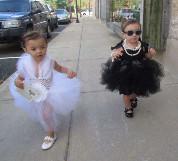 Little Divas! This Year's Halloween Costumes  Marilyn Monroe And