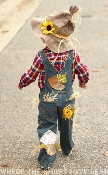 Easy & Adorable Diy Scarecrow Costume That's Perfect For Kids