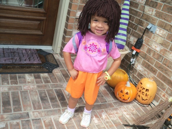 How To Make A Dora The Explorer Costume In 5 Minutes