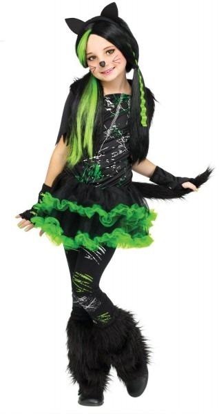 Spooky & Cute Halloween Costumes Tween Girls Will Love To Wear