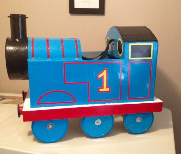 Thomas The Train Costume  8 Steps (with Pictures)