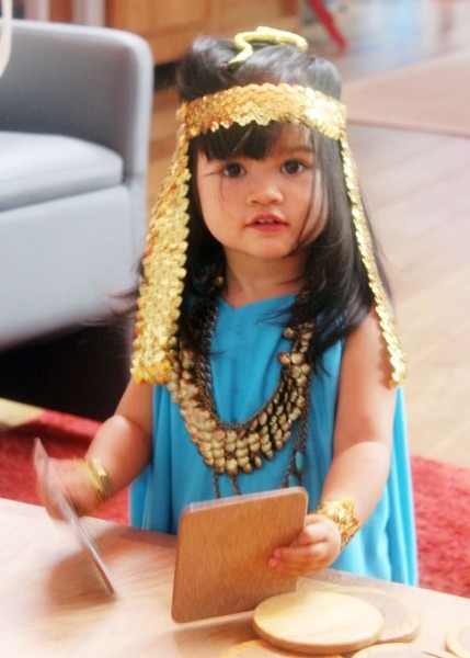 Diy Halloween Costume Idea For Toddler  Cleopatra!