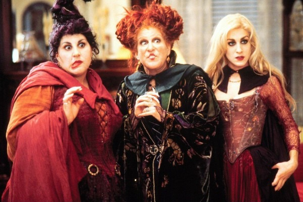 Hocus Pocus Is A Garbage Movie That Doesn't Deserve Your Nostalgia