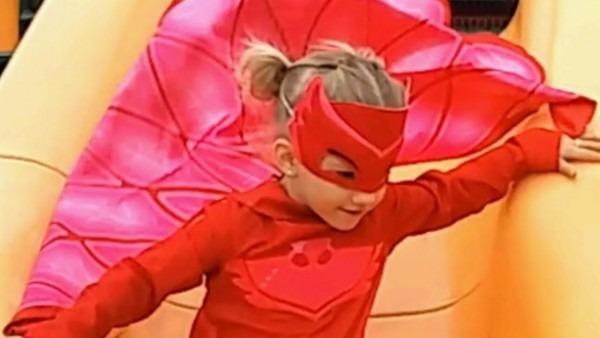Pj Masks Owlette Costume & Gekko Giant Park Slide