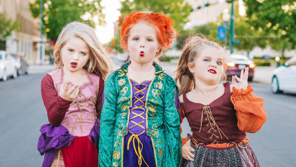 The Sisters Nailed Their 'hocus Pocus' Halloween Costumes