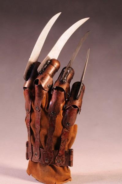 Review And Photos Of Neca Freddy Krueger's Glove Prop Replica