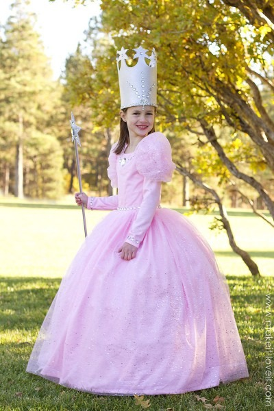 Glinda The Good Witch (from  Wizard Of Oz