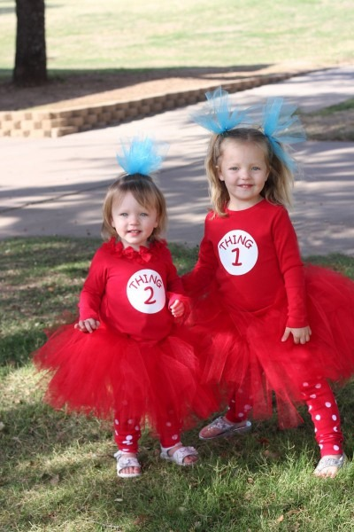 Easy Diy Thing 1 And Thing 2 Costumes Girls Joked About