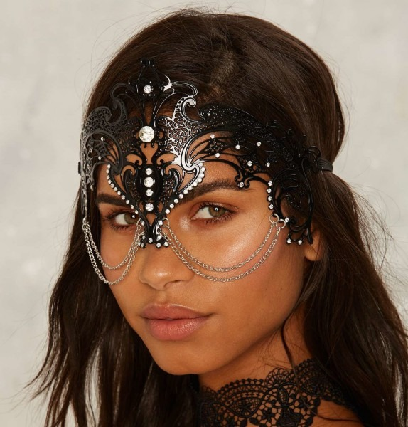 These 10 Mystical Masks Are Hauntingly Beautiful Halloween