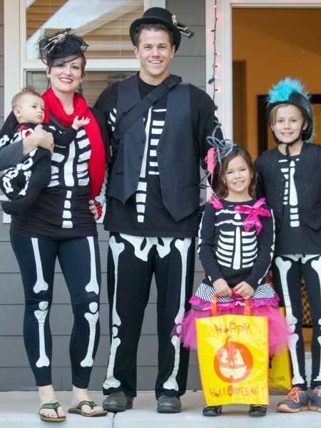 Diy Skeleton Costume  Easy And Inexpensive Halloween Costumes For