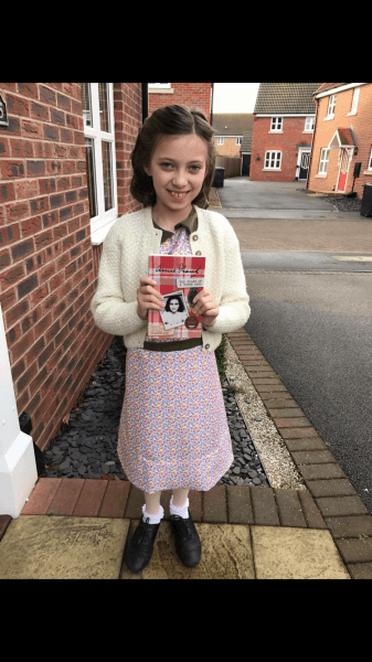 Anne Frank Costume, World Book Day