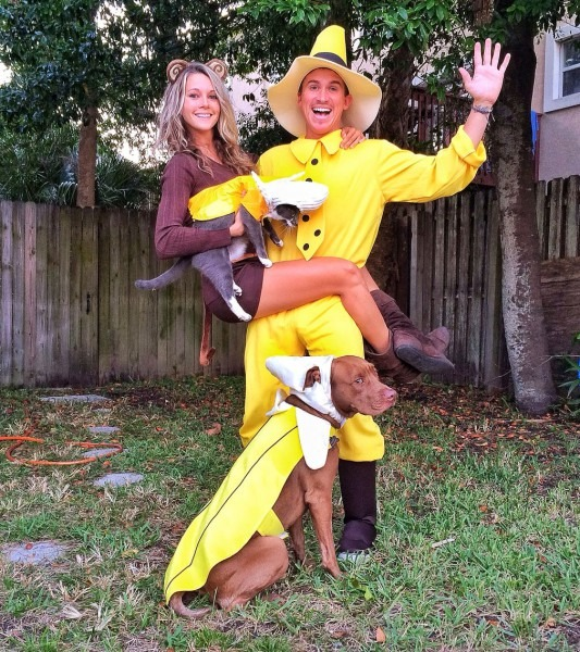 Curious George, The Man In The Yellow Hat And Bananas  Couple