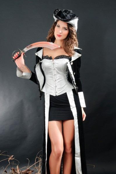 Hot Pirate Princess Costume