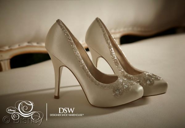 Diszine » Blog Archive » Dsw To Launch Cinderella