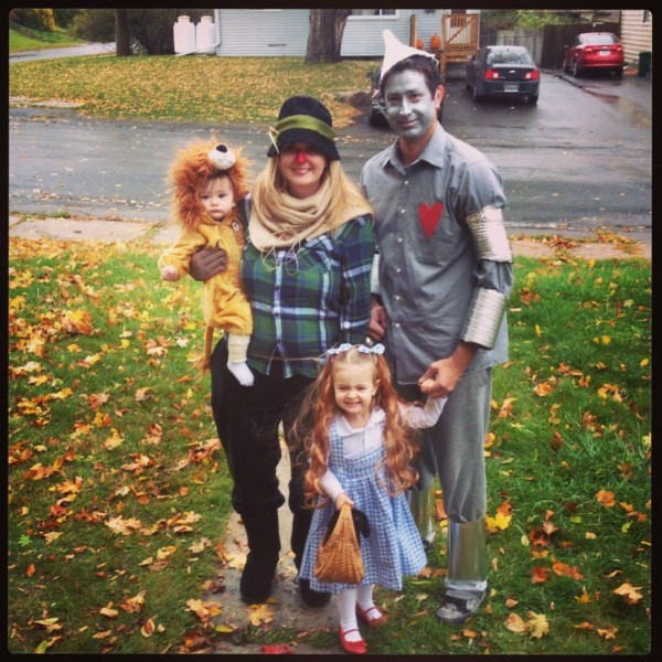 Great Idea For A Family Costume, Easy And Fairly Inexpensive