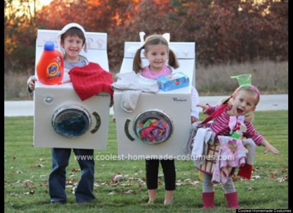 Family Halloween Costumes That Prove Dressing Up Is Not, Homemade