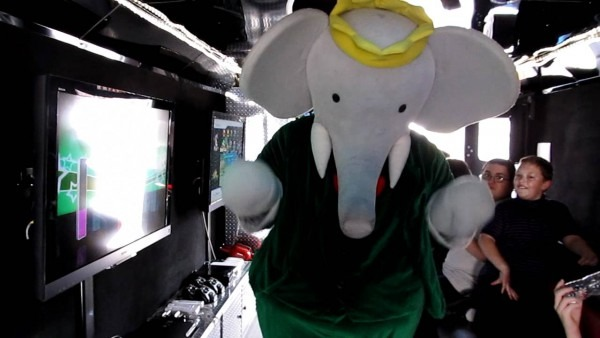 Babar The Elephant From Qubo Enjoys Game Kart Mobile Video Game