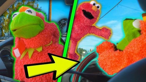 Kermit The Frog Tricks Elmo With Elmo Halloween Costume! (again