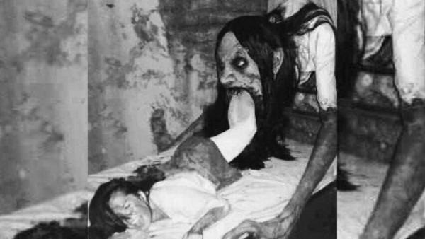Creepiest Vintage Halloween Costumes