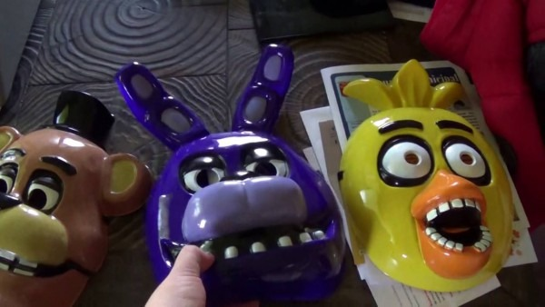 Five Nights At Freddy's Halloween Mask!