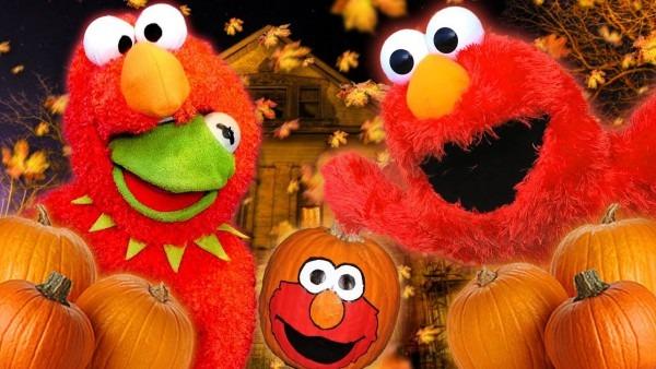 Kermit The Frog Tricks Elmo With Elmo Costume On Halloween!