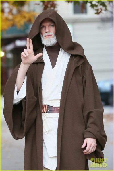 Neil Patrick Harris Looks Unrecognizable As Obi
